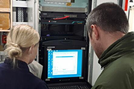 Windows XP running aboard HMS Enterprise