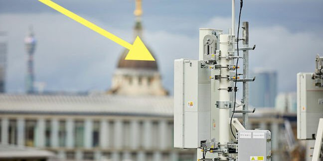 EE 5G at St Paul's