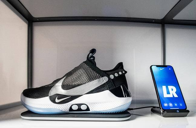 QnA VBage Just do IoT? We'd walk a mile in someone else's Nike smart sneakers, but they seem to be 'bricked'