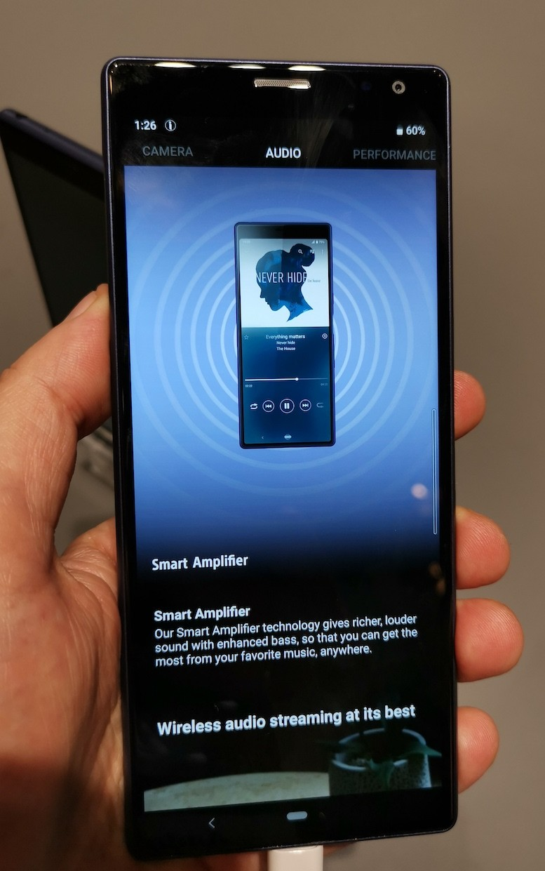Long phone is loooong: Sony swipes at flagship fatigue with 21:9