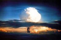 US govt handout of mushroom cloud from Ivy Mike thermonuclear test