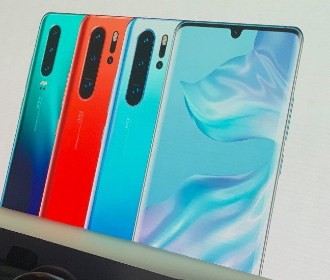 Xiaomi trolls Huawei's new P30 series on Facebook
