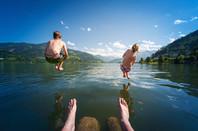 kids dive into lake