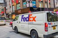 FedEx truck in Hong Kong