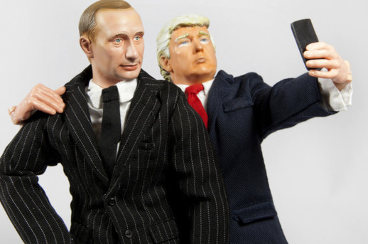 Trump putin selfie by Willrow Hood image via Shutterstock