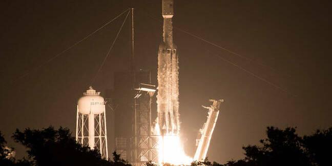 Falcon Heavy Launch (pic: NASA/Joel Kowsky)