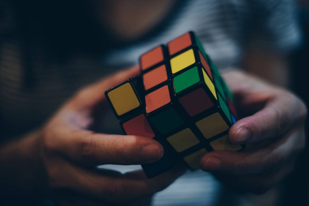 New AI-based algorithm solves Rubiks Cube puzzle faster than humans