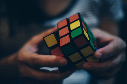 AI solves Rubik's Cube in 1 2 seconds (that's three times