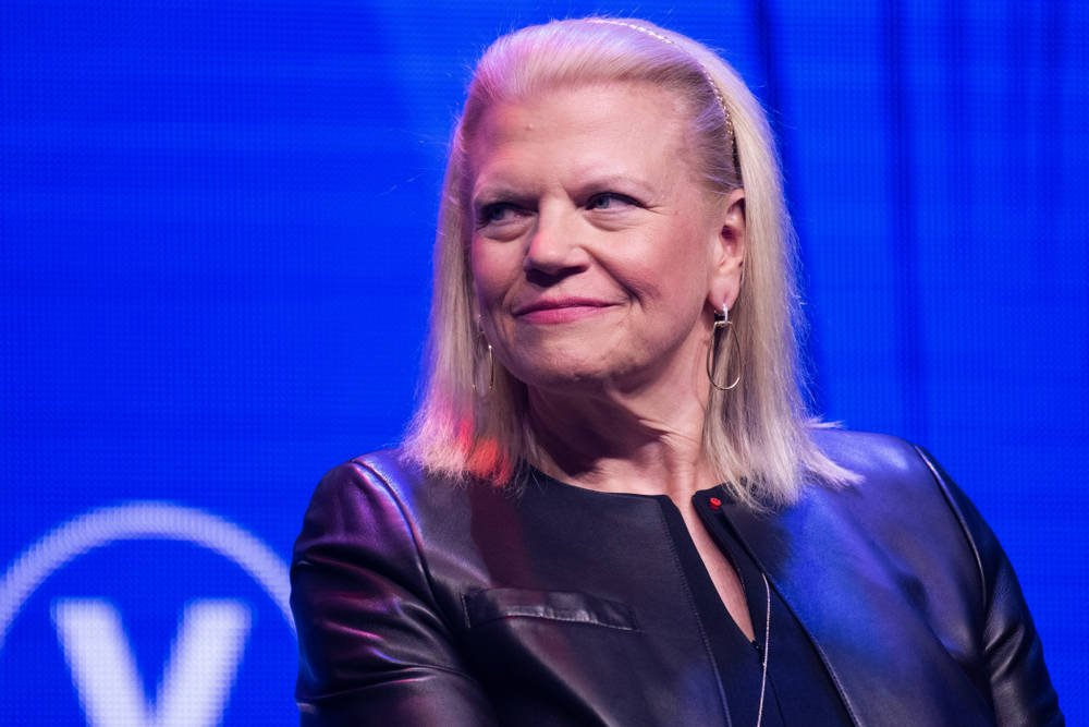IBM quarterly revenue misses, shares fall