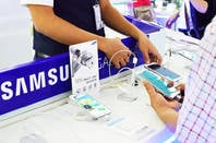 Samsung sales booth