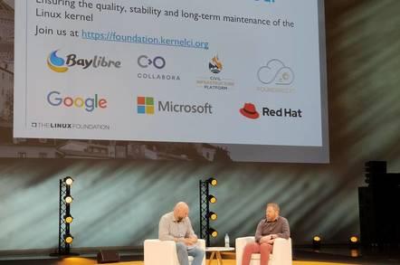 Greg Kroah-Hartman (left) and Kevin Hilman annouce KernelCI becoming part of the Linux Foundation