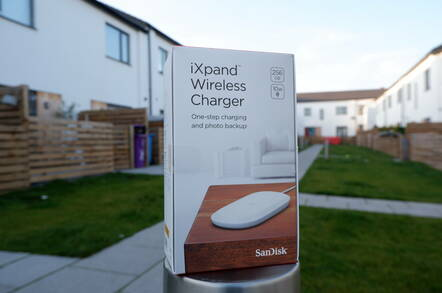 Sandisk iXpand Wireless Charger Box