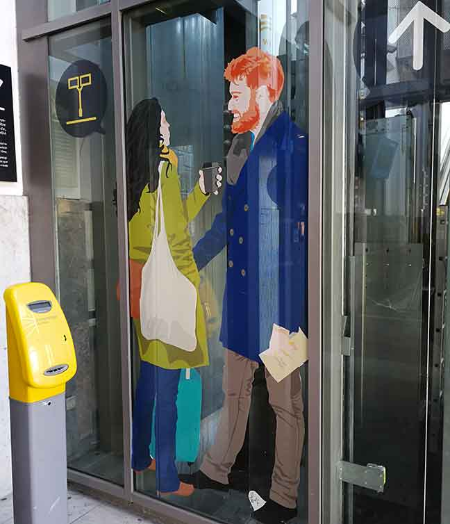 Harry and Meghan in the lift