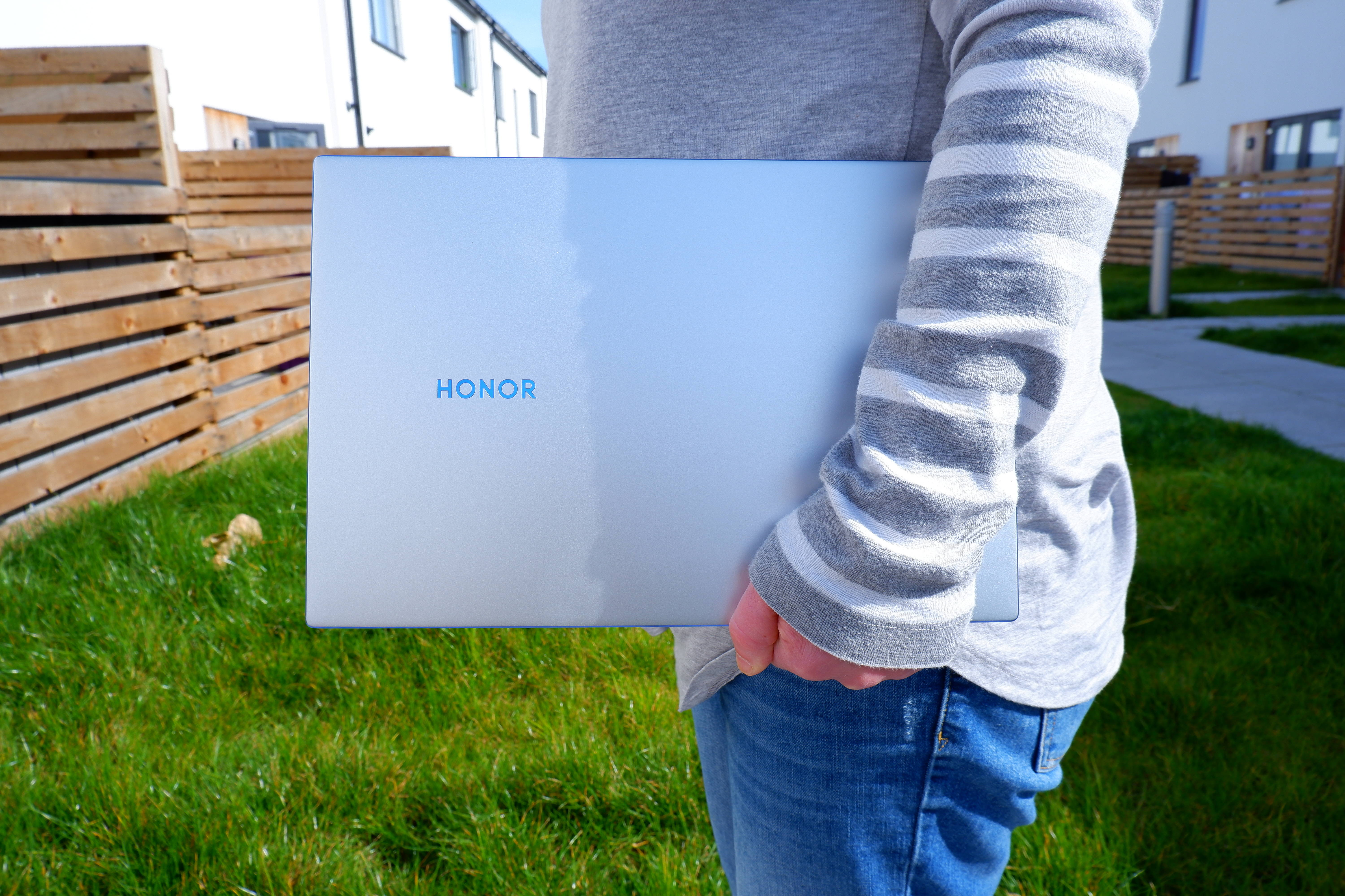 Honor Magicbook 14 Nice Keyboard And Ports Aplenty But With A