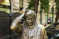Statue of columbo in budapest
