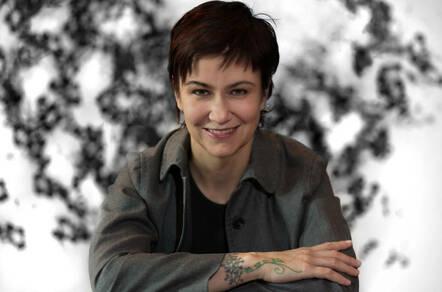 Photo of Sarah Novotny