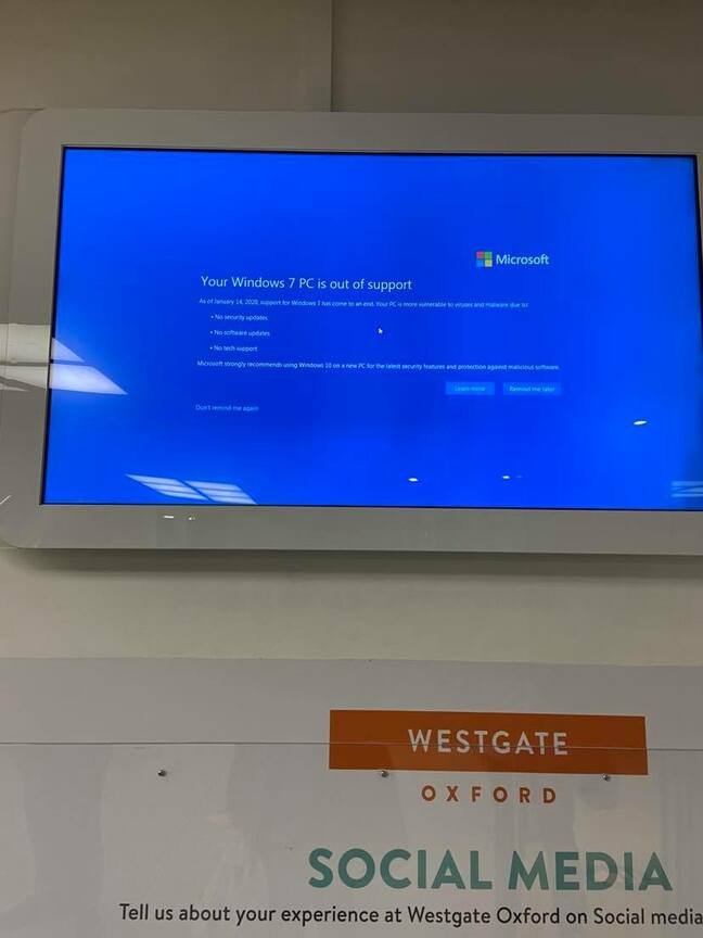 Windows 7 beached in Westgate Shopping Centre, Oxford