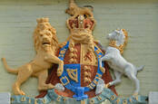 uk coat of arms: unicorn, lion, thistle, harp