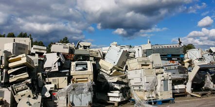 e-waste dump - fly tipping