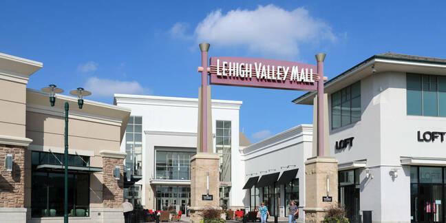 Lehigh Valley Mall, Allentown, PA, USA. September 17, 2017