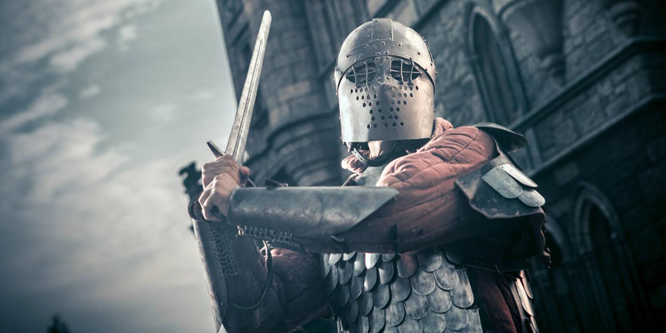 shutterstock_knight_castle.jpg