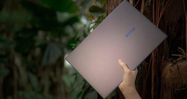 MagicBook142