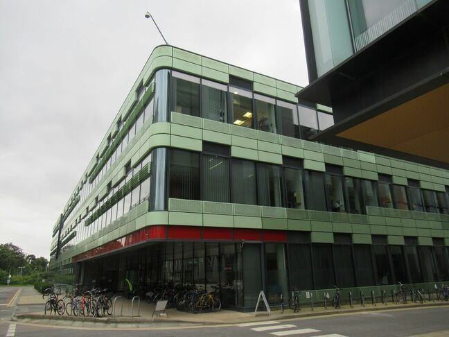 Old Road Campus research building, Oxford (click to enlarge) Pic (c) SA Mathieson
