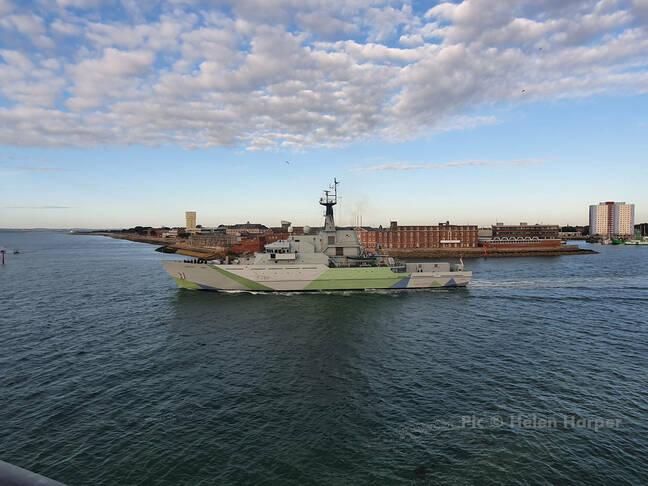 HMS Severnas.  Nuotrauka: Helen Harper