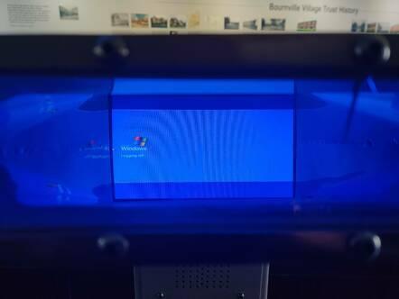 Windows XP logging off