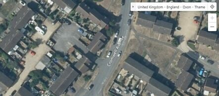 Cromwell Avenue, Thame. Bing Maps image